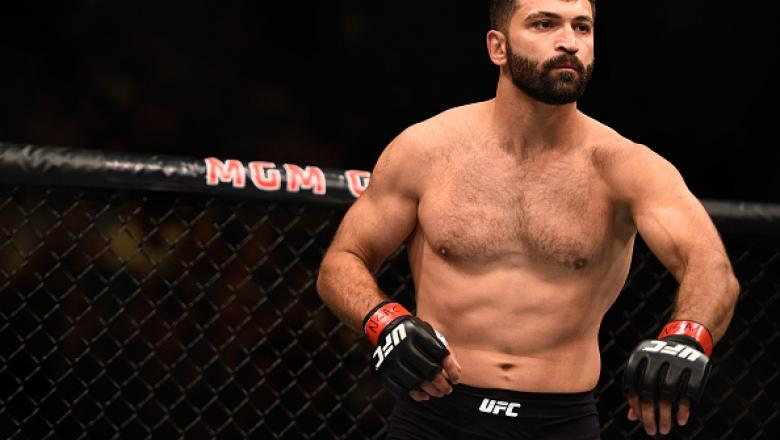 LAS VEGAS, NV - SEPTEMBER 05: Andrei Arlovski prepares to face Frank Mir in their heavyweight bout during the UFC 191 event inside MGM Grand Garden Arena on September 5, 2015 in Las Vegas, Nevada.  (Photo by Jeff Bottari/Zuffa LLC/Zuffa LLC via Getty Imag