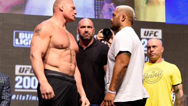 LAS VEGAS, NV - JULY 08:   (L-R) Opponents Brock Lesnar and Mark Hunt of New Zealand face off during the UFC 200 weigh-in at T-Mobile Arena on July 8, 2016 in Las Vegas, Nevada. (Photo by Josh Hedges/Zuffa LLC/Zuffa LLC via Getty Images)