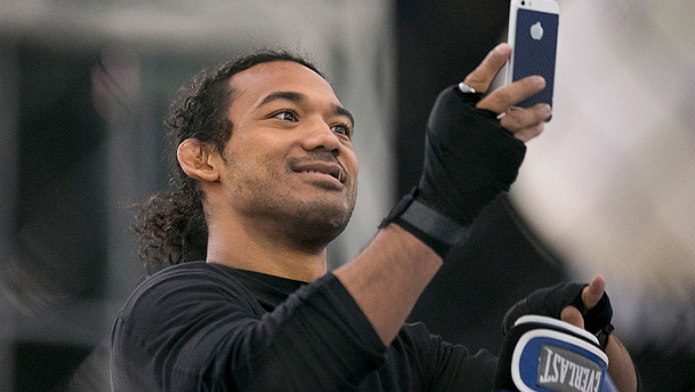 SEOUL, SOUTH KOREA - NOVEMBER 25:  Ben Henderson holds an open workout for fans and media during UFC Fight Night Open Workouts at Times Square on November 25, 2015 in Seoul, South Korea.  (Photo by Han Myung-Gu / Zuffa LLC/Zuffa LLC via Getty Images)