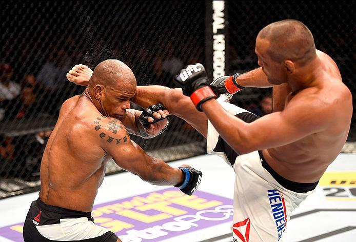 INGLEWOOD, CA - JUNE 04: Dan Henderson kicks Hector Lombard of Cuba in their middleweight bout during the UFC 199 event at The Forum on June 4, 2016 in Inglewood, California.  (Photo by Josh Hedges/Zuffa LLC/Zuffa LLC via Getty Images)