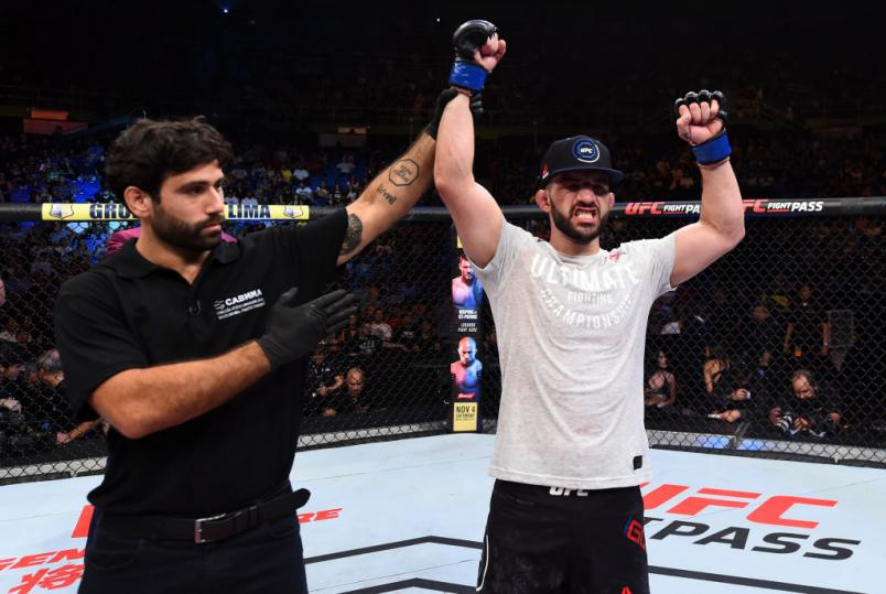 SAO PAULO, BRAZIL - OCTOBER 28:  Jared Gordon celebrates after defeating Hacran Dias of Brazil in their lightweight bout during the UFC Fight Night event inside the Ibirapuera Gymnasium on October 28, 2017 in Sao Paulo, Brazil. (Photo by Josh Hedges/Zuffa