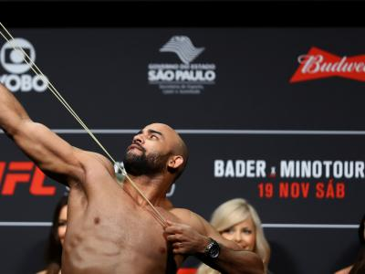 SAO PAULO, BRAZIL - NOVEMBER 18: Warlley Alves of Brazil steps on the scale during the UFC Fight Night weigh-in at Ibirapuera gymnasium on November 18, 2016 in Sao Paulo, Brazil. (Photo by Buda Mendes/Zuffa LLC/Zuffa LLC via Getty Images)