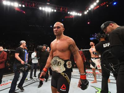 LAS VEGAS, NV - JANUARY 02: Robbie Lawler reacts to his victory over Carlos Condit in their UFC welterweight championship bout during the UFC 195 event inside MGM Grand Garden Arena on January 2, 2016 in Las Vegas, Nevada.  (Photo by Josh Hedges/Zuffa LLC