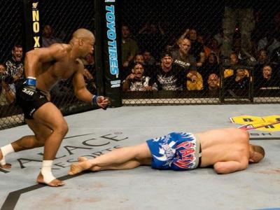 UFC 88 Rashad Evans vs Chuck Liddell