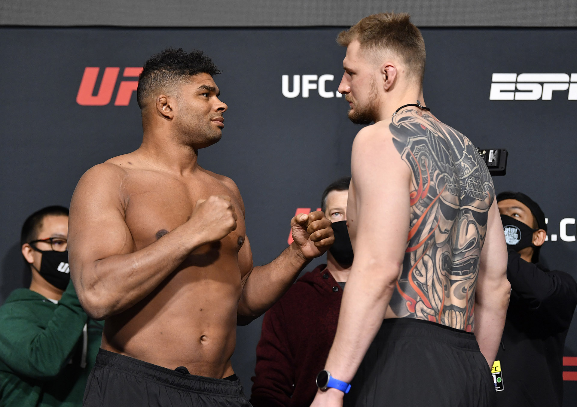 Opponents Alistair Overeem of the Netherlands and Alexander Volkov of Russia face off during the UFC weigh-in at UFC APEX on February 05, 2021 in Las Vegas, Nevada