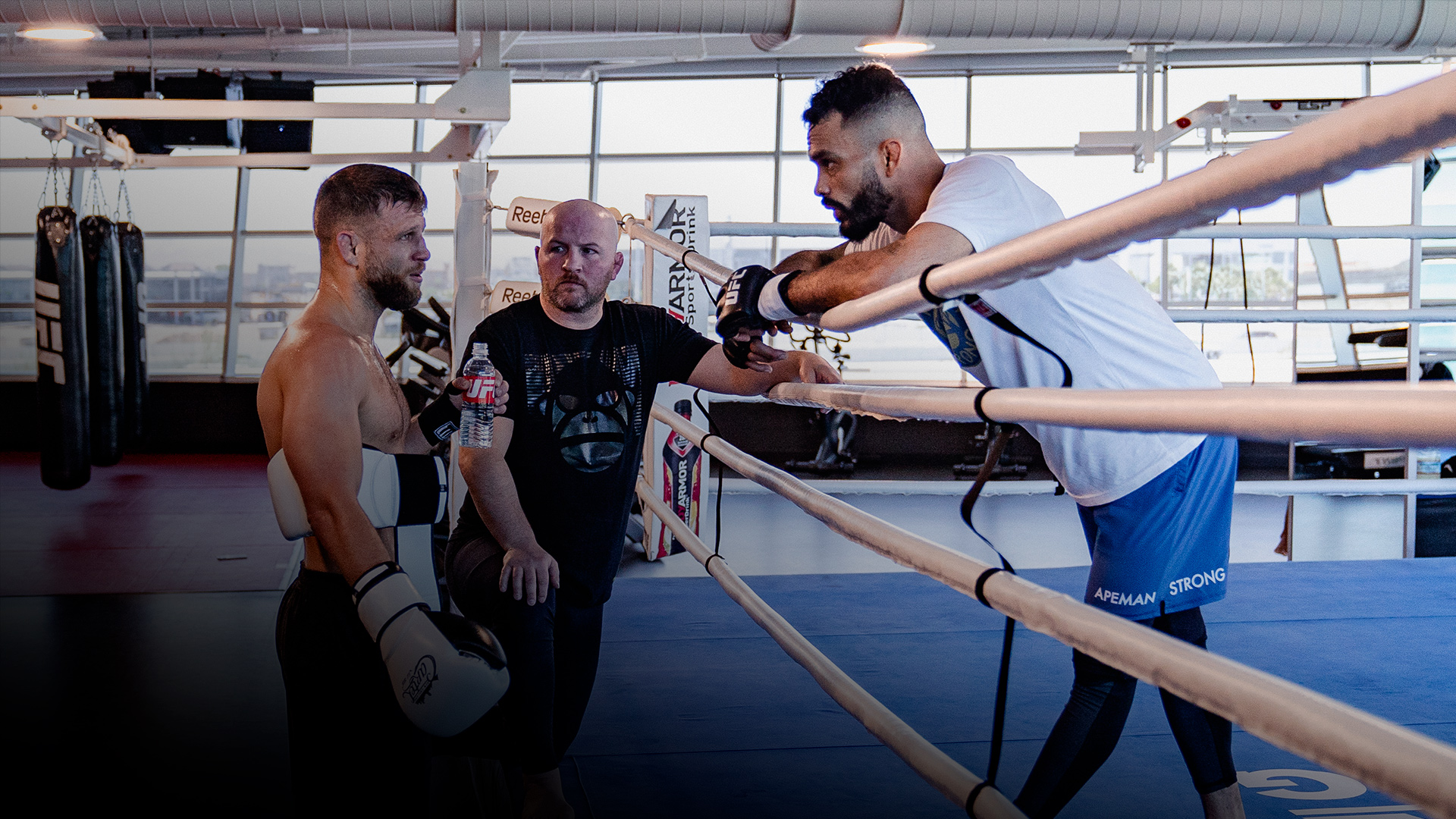 Rob Font and Calvin Kattar trains at the UFC PI on May 13, 2021. (Photo by Zac Pacleb)