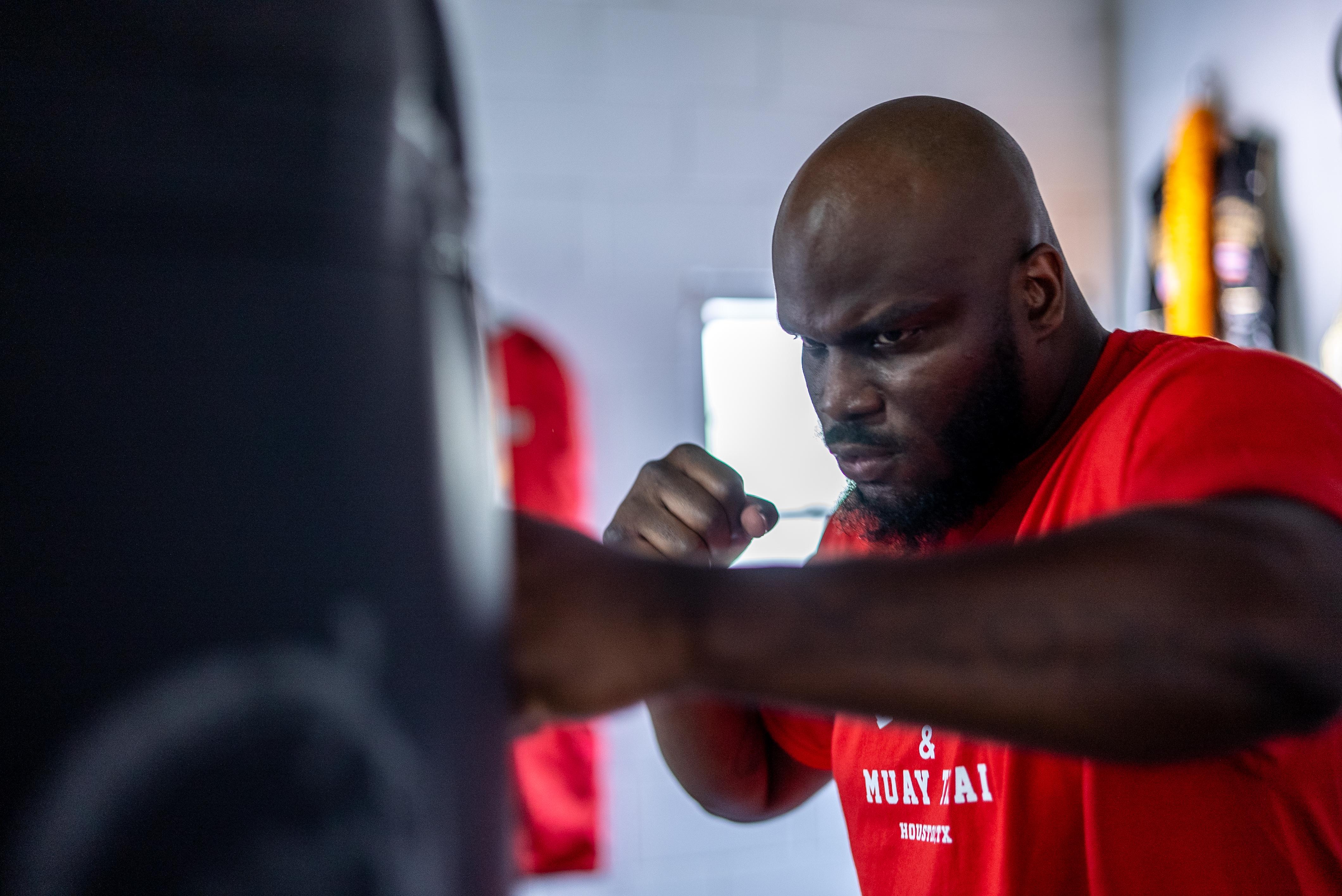 Derrick Lewis Training in Houston