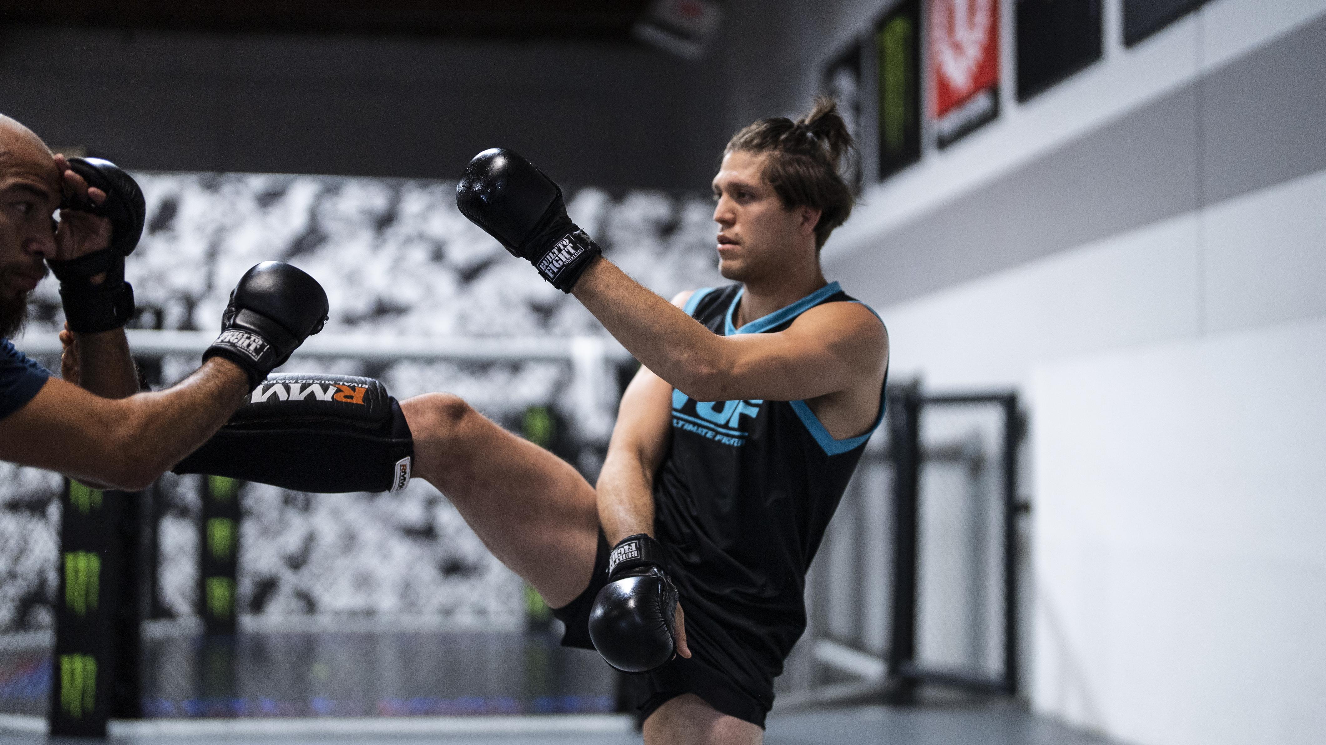 Brian Ortega training for UFC 266