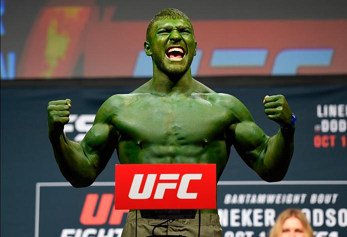 PORTLAND, OR - SEPTEMBER 30:  Ion Cutelaba of the Republic of Moldova steps onto the scale during the UFC Fight Night weigh-in at the Oregon Convention Center on September 30, 2016 in Portland, Oregon. (Photo by Josh Hedges/Zuffa LLC/Zuffa LLC via Getty I