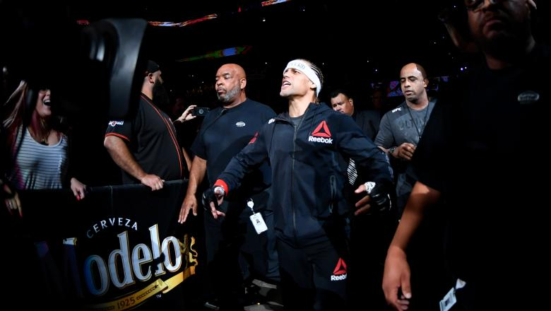 SACRAMENTO, CALIFORNIA - JULY 13: Urijah Faber prepares to fight Ricky Simon in their bantamweight bout during the UFC Fight Night event at Golden 1 Center on July 13, 2019 in Sacramento, California. (Photo by Jeff Bottari/Zuffa LLC/Zuffa LLC via Getty Images)