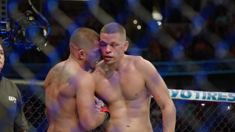 UFC 241 Nate Diaz and Anthony Pettis embrace after their fight.