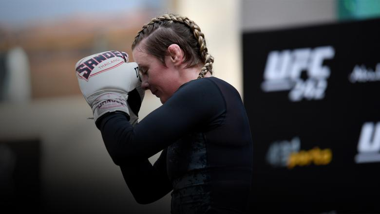 ABU DHABI, UNITED ARAB EMIRATES - SEPTEMBER 04: Joanne Calderwood of Scotland holds an open training session for fans and media at Yas Mall on September 4, 2019 in Abu Dhabi, United Arab Emirates. (Photo by Jeff Bottari/Zuffa LLC/Zuffa LLC via Getty Images)