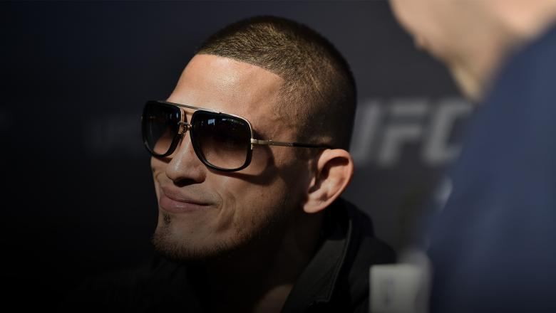 Anthony Pettis Never Takes The Easy Fight
