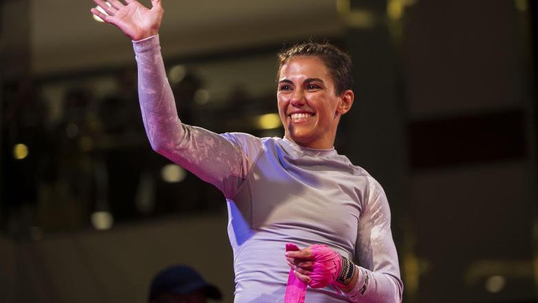 Jéssica Andrade participa de treino aberto ao público no Rio de Janeiro