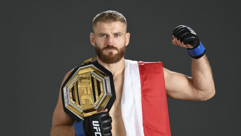 Jan Blachowicz of Poland poses for a post fight portrait backstage during UFC 253 inside Flash Forum on UFC Fight Island on September 27, 2020 in Abu Dhabi, United Arab Emirates. (Photo by Mike Roach/Zuffa LLC)