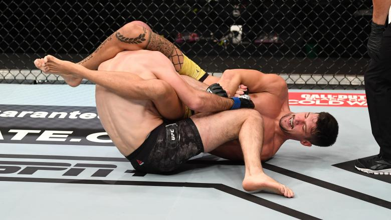 Joel Alvarez of Spain attempts to submit Alexander Yakovlev of Russia in their lightweight bout during the UFC 254 event on October 24, 2020 on UFC Fight Island, Abu Dhabi, United Arab Emirates. (Photo by Josh Hedges/Zuffa LLC via Getty Images)