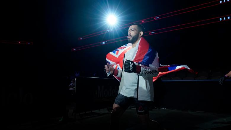 Dan Ige prepares to fight Edson Barboza in their featherweight fight during the UFC Fight Night event at VyStar Veterans Memorial Arena on May 16, 2020 in Jacksonville, Florida. (Photo by Cooper Neill/Zuffa LLC)