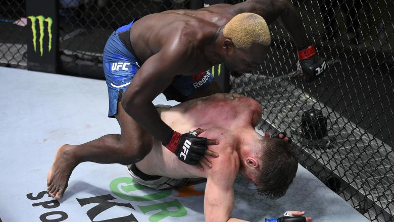 Derek Brunson punches Edmen Shahbazyan in their middleweight fight during the UFC Fight Night event at UFC APEX on August 01, 2020 in Las Vegas, Nevada. (Photo by Chris Unger/Zuffa LLC via Getty Images)