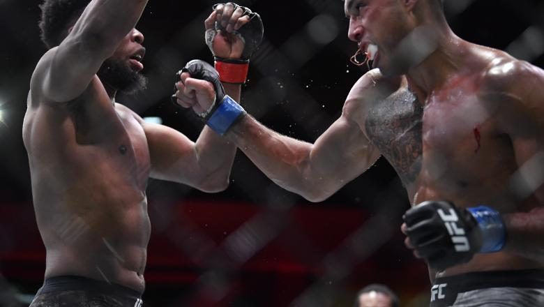 Carlos Ulberg of New Zealand battles Kennedy Nzechukwu of Nigeria in their light heavyweight fight during the UFC 259 event at UFC APEX on March 06, 2021 in Las Vegas, Nevada. (Photo by Chris Unger/Zuffa LLC)