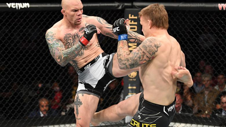 Anthony Smith kicks Jim Crute of Australia in their light heavyweight bout during the UFC 261 event at VyStar Veterans Memorial Arena on April 24, 2021 in Jacksonville, Florida. (Photo by Josh Hedges/Zuffa LLC)
