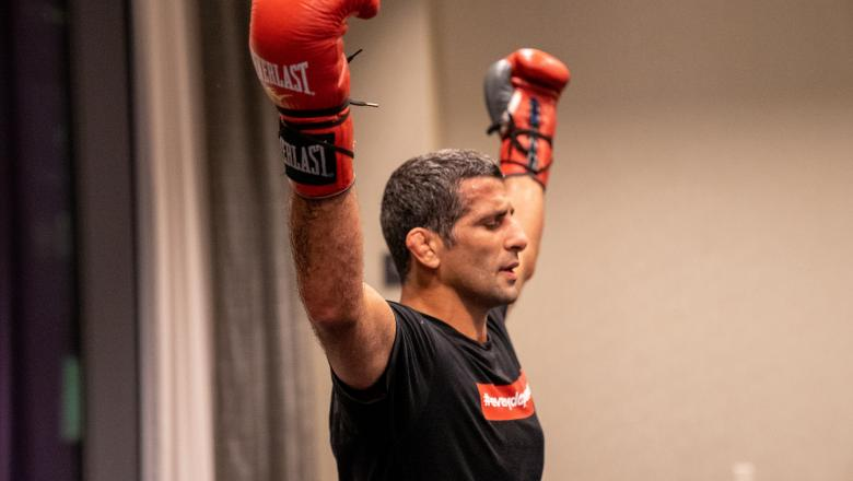Beneil Dariush trains ahead of UFC 262 (photo by Gavin Porter/Zuffa LLC)