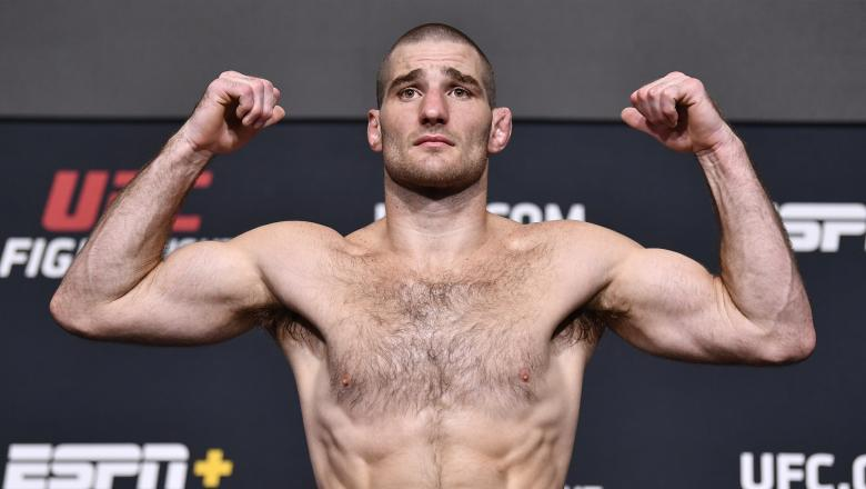 Sean Strickland poses on the scale during the UFC Fight Night weigh-in at UFC APEX on July 30, 2021 in Las Vegas, Nevada. (Photo by Chris Unger/Zuffa LLC)
