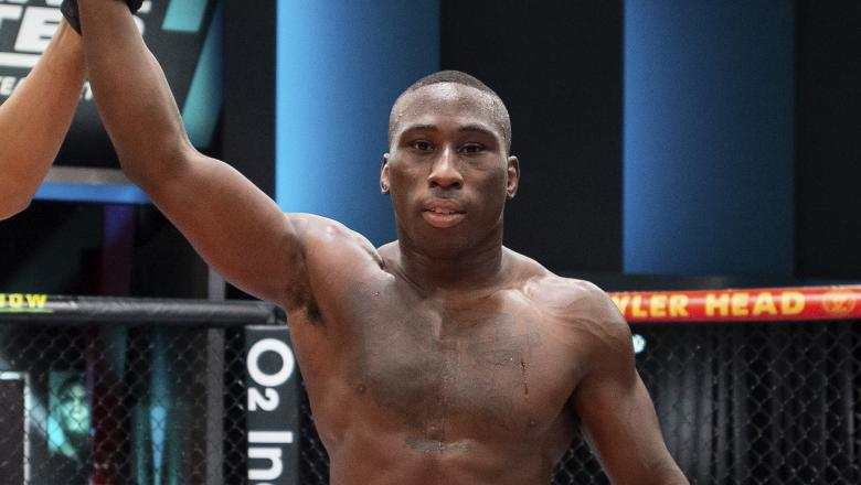 Tresean Gore celebrates his win over Gilbert Urbina in the semi-finals of The Return Of The Ultimate Fighter (photo by Chris Unger/Zuffa LLC)