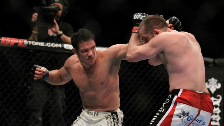 UFC 125: Grant vs. Almeida