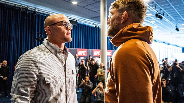 Anthony Smith and Alexander Gustafsson face off during UFC Stockhol media day