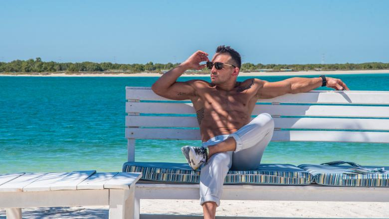 Michael Chandler Lounges On UFC Fight Island in Abu Dhabi, October 2020