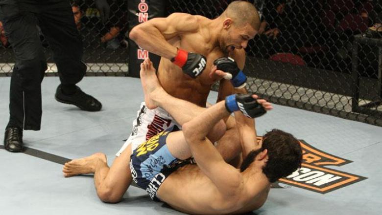UFC 105 Andre Winner vs Rolando Delgado