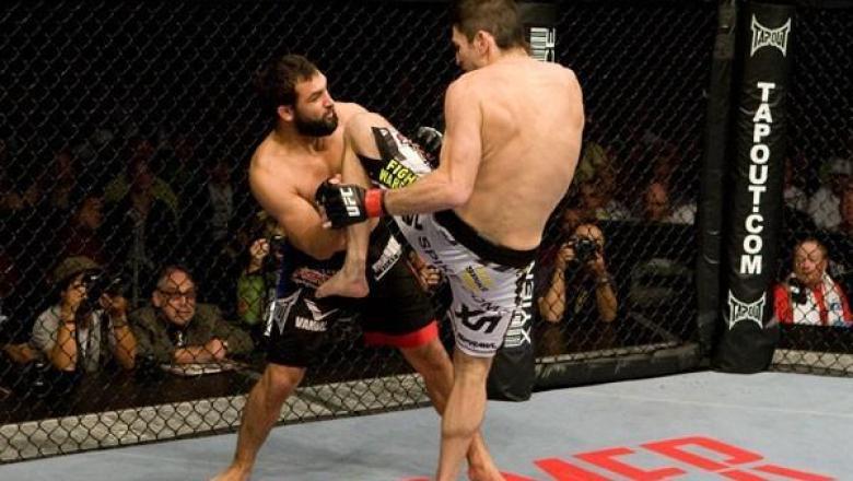 UFC 101 Johny Hendricks vs Amir Sadollah