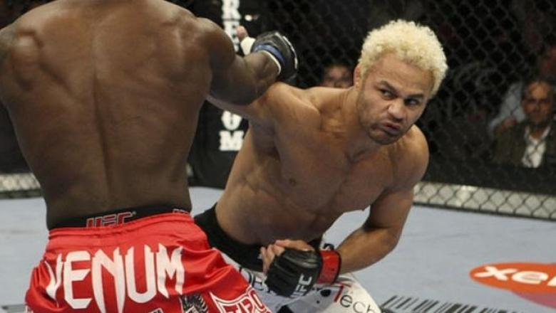 UFC 106 Josh Koscheck vs Anthony Johnson