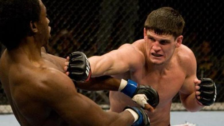 UFC Fight For The Troops Steve Cantwell vs Razak Al-Hassan