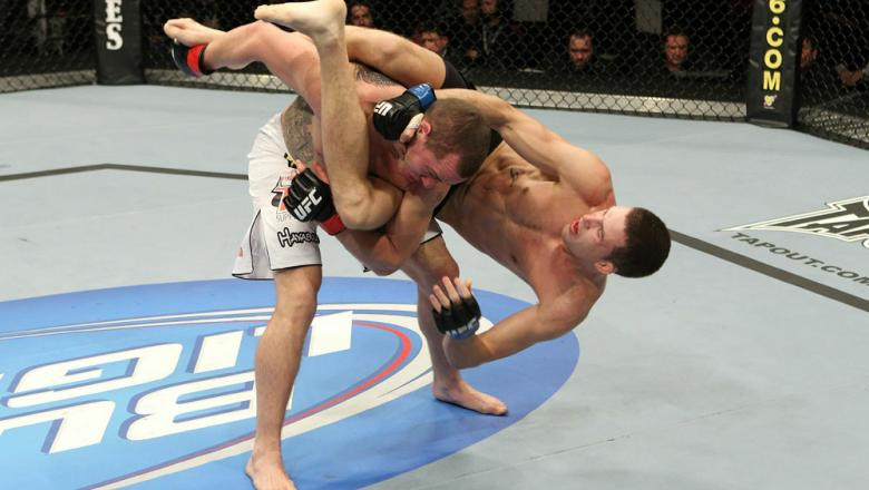 UFC 123: Paul Kelly vs. TJ O'Brien