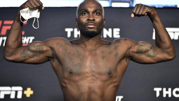 Derek Brunson poses on the scale during the UFC Fight Night weigh-in at UFC APEX on July 31, 2020 in Las Vegas, Nevada. (Photo by Chris Unger/Zuffa LLC)