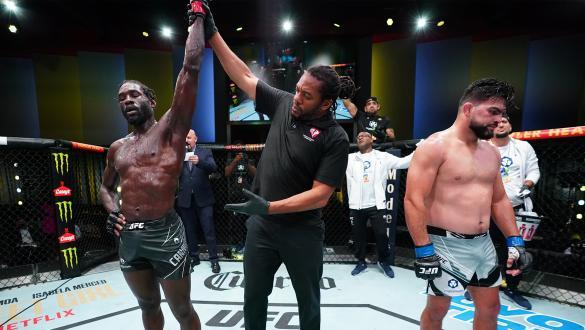 Jared Cannonier supera Kelvin Gastelum na luta principal do UFC Vegas 34