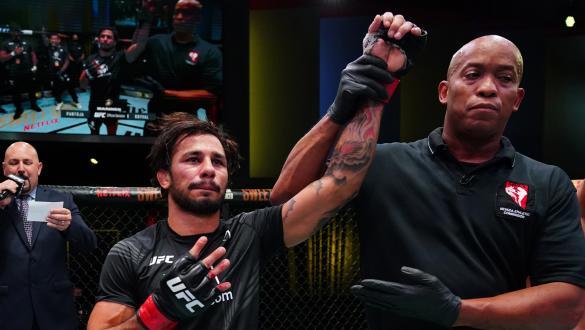 Alexandre Pantoja finaliza Brandon Royval em grande estilo no UFC Vegas 34