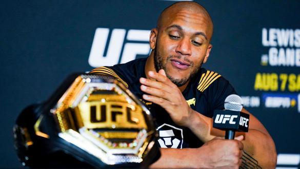 """""""Ainda não terminamos. Preciso enfrentar o Francis""""   Ciryl Gane   UFC 265"""