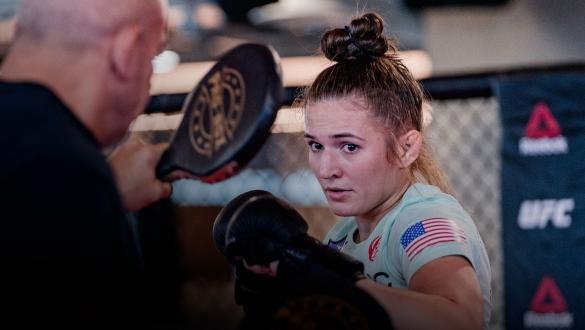 Erin Blanchfield trains at the UFC Performance Institute on September 15, 2021. (Photo by Zac Pacleb)