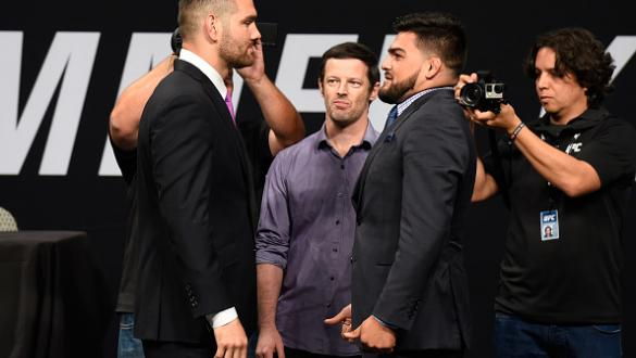 DALLAS, TX - MAY 12:  (L-R) Chris Weidman and Kelvin Gastelum face off during the UFC Summer Kickoff Press Conference at the American Airlines Center on May 12, 2017 in Dallas, Texas. (Photo by Josh Hedges/Zuffa LLC/Zuffa LLC via Getty Images)