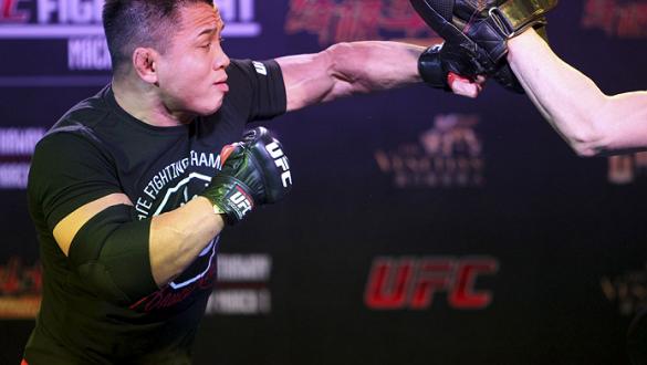MACAU - FEBRUARY 27:  Cung Le during the UFC open workouts at the Venetian Macau on February 27, 2014 in Macau. (Photo by Mitch Viquez/Zuffa LLC/Zuffa LLC via Getty Images)