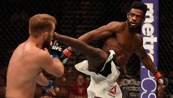 LAS VEGAS, NV - MAY 29: (R-L) Aljamain Sterling kicks Bryan Caraway in their bantamweight bout during the UFC Fight Night event inside the Mandalay Bay Events Center on May 29, 2016 in Las Vegas, Nevada.  (Photo by Josh Hedges/Zuffa LLC/Zuffa LLC via Gett