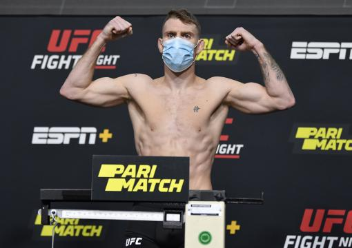 Paul Felder poses on the scale during the UFC weigh-in at UFC APEX on November 13, 2020 in Las Vegas, Nevada. (Photo by Jeff Bottari/Zuffa LLC)