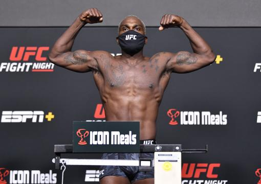Derek Brunson poses on the scale during the UFC Fight Night weigh-in at UFC APEX on September 03 2021 in Las Vegas Nevada. (Photo by Chris Unger/Zuffa LLC)