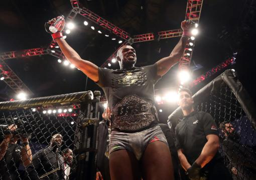Black History: Jon Jones Celebrates his victory over Alexander Gustafsson, a battle which was inducted into the UFC Hall of Fame ('20) Fight Wing