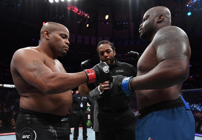 NEW YORK, NY - NOVEMBER 03:  (L-R) Opponents Daniel Cormier and Derrick Lewis face off prior to their UFC heavyweight championship bout during the UFC 230 event inside Madison Square Garden on November 3, 2018 in New York, New York. (Photo by Jeff Bottari/Zuffa LLC via Getty Images)