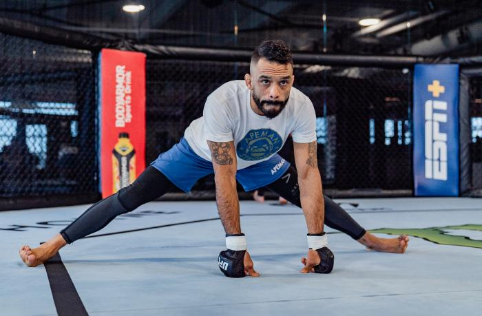 Rob Font trains at the UFC Performance Insitute on May 13, 2021. (Photo by Zac Pacleb)