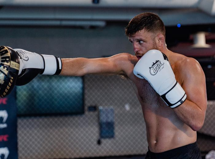 Calvin Kattar trains at the UFC Performance Institute on May 13, 2021. (Photo by Zac Pacleb)