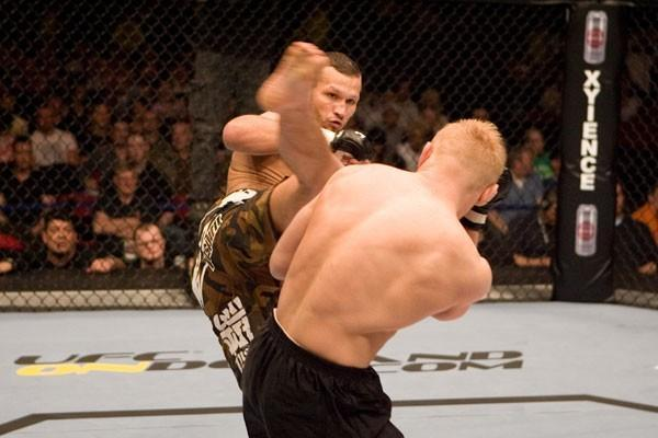 UFC 70: Nations Collide Dennis Siver vs. Jess Liaudin